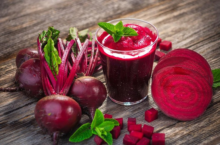 How to Make Your Lips Soft Using The Beetroot Treatment
